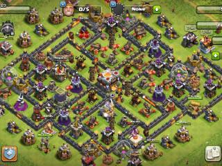(SUPER SALE!!!) TH11-BB8-Level 130 King 20- Queen 25- Warden 1- 300+ Gems